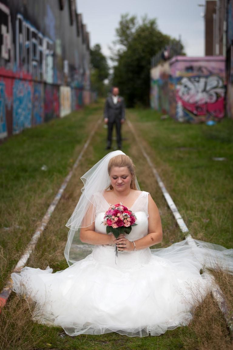 Bruidsboeket rozen en anjers roze
