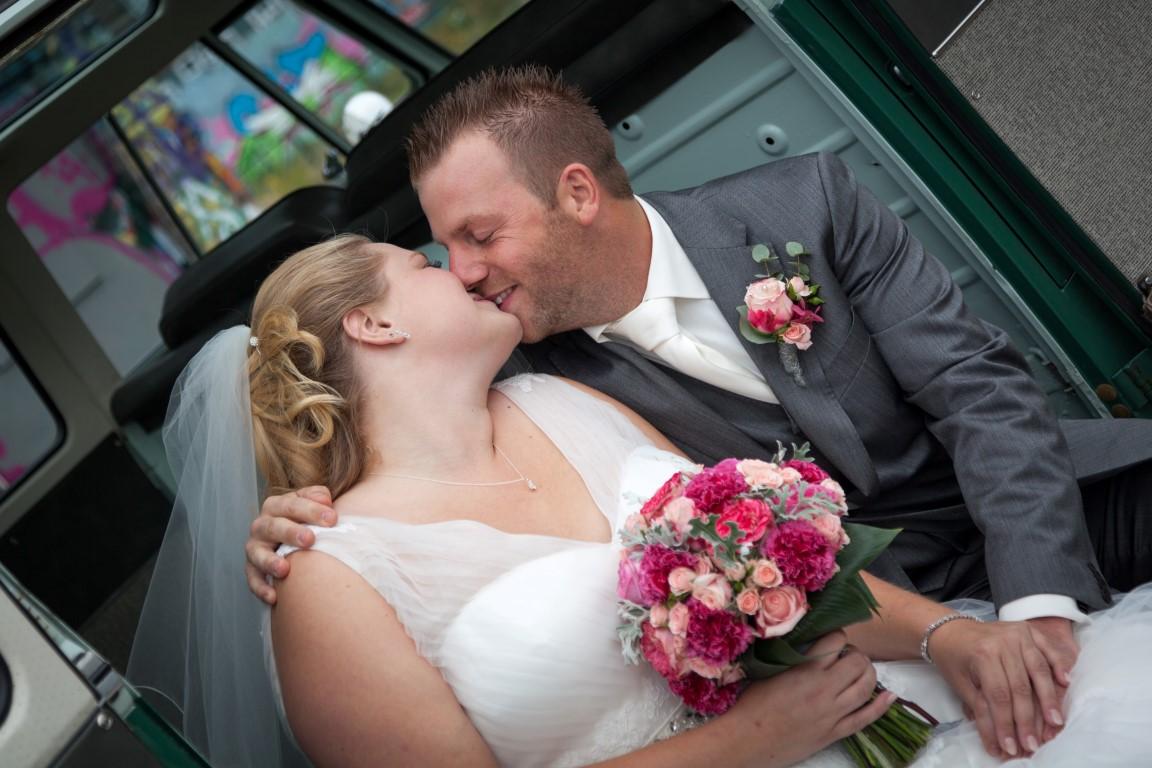 bruidsboeket biedermeier roze anjer roze IJsselstein