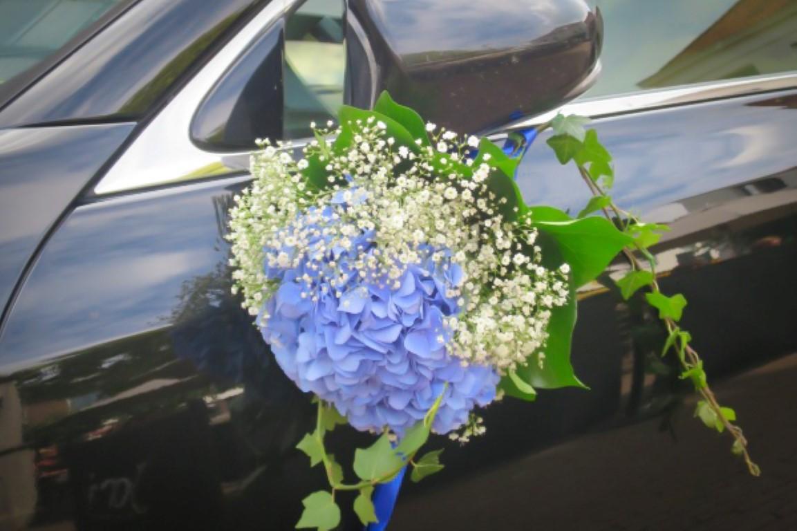 versiering auto bruiloft hortensia